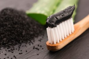 Activated Charcoal Toothpaste – What is it