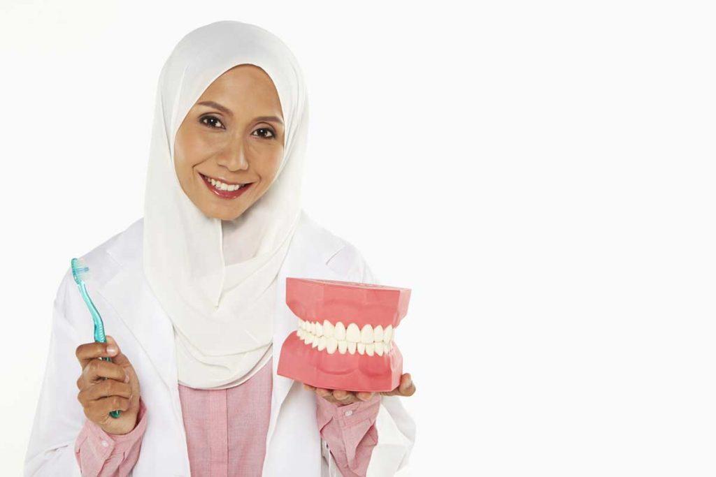 Charcoal-Teeth-Whitening