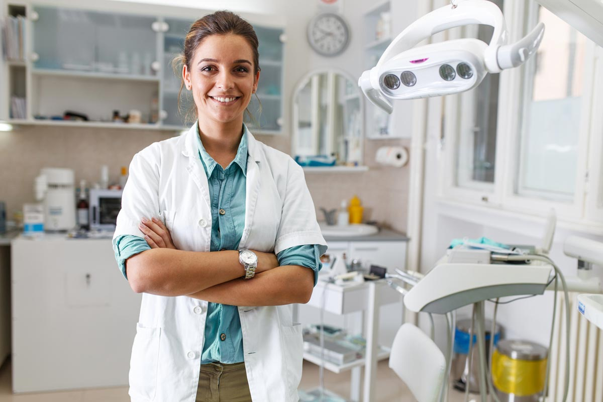 Retainer Orthodontist