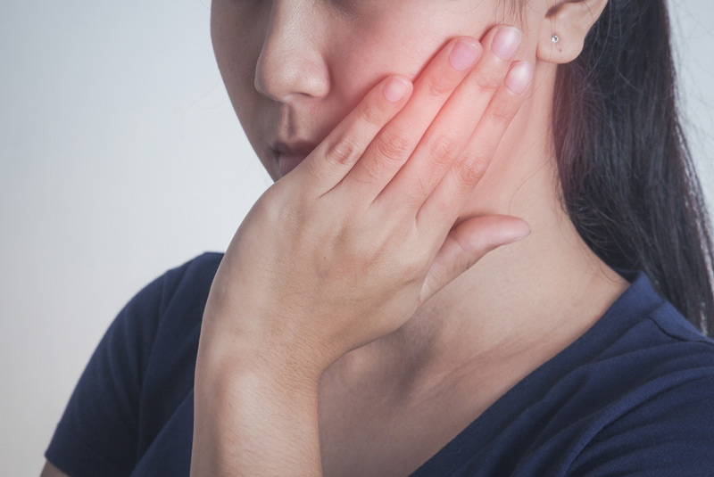 Tips for Quick Relief from Gum Pain