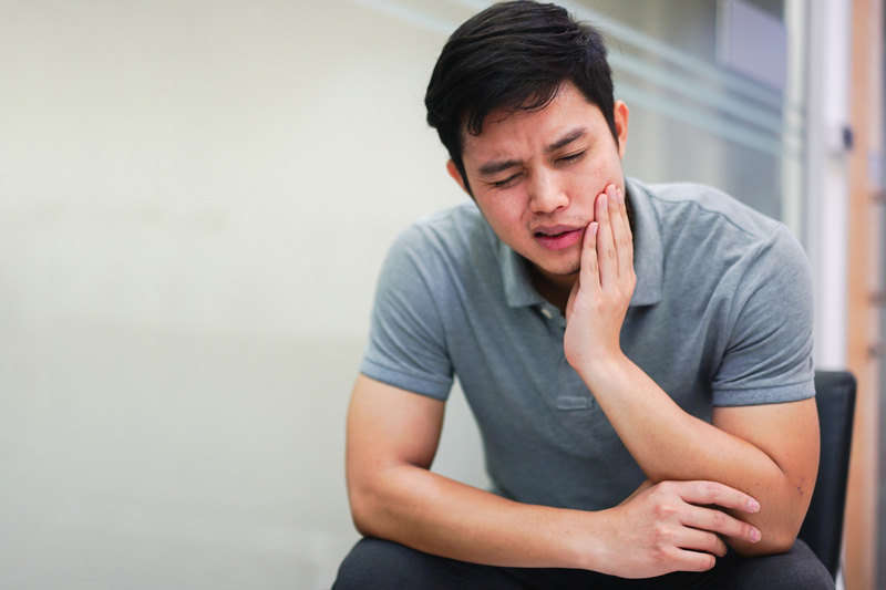What Does Impacted Wisdom Tooth Pain Feel Like